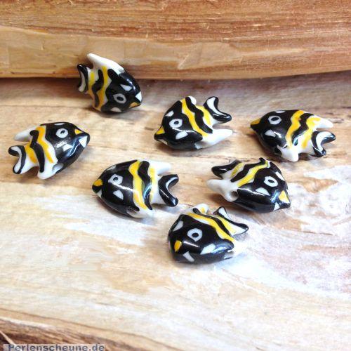 2 Keramikfische Perlen handmade Fisch 23 mm