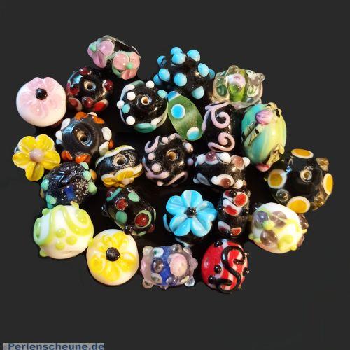 50 g Armbandglasperlen Lampwork handmade bumpy beads 15 - 18 mm