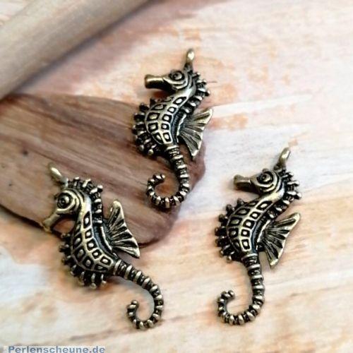 3 Metall Kettenanhänger Seepferd 31 mm bronze antik