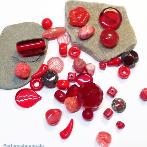 50 g böhmische Glasperlen als Mix in rot