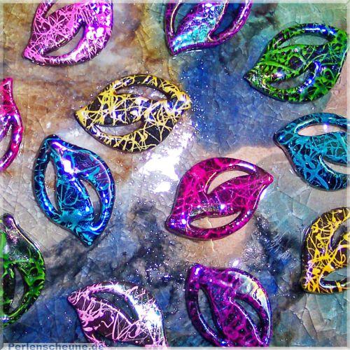 10 Bastelperlen draw bench Blätter 24 mm Mixfarben