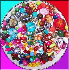 Perlenset mit 200 bunten Perlen, Materialmix 6 - 30 mm