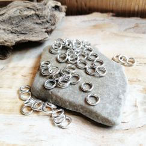50 geschlossene Metall Binderinge silber hell 6 mm