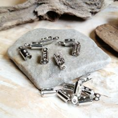 10 Endkappen, Endhülsen für 3 mm Leder o. Perlband antik silber