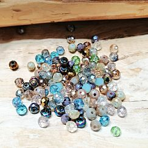 40 Glasperlen Abacus Faceted 4 x 3 mm gemischte helle Farben