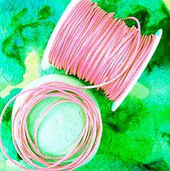 1 Rolle 80 m Perlschnur 1 mm gewachste Baumwolle rosa