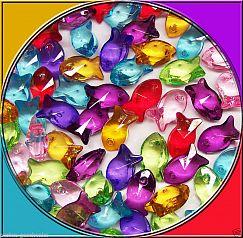 Perlenset mit 20 Kinderperlen grosse Fische 16 mm Perlenmix