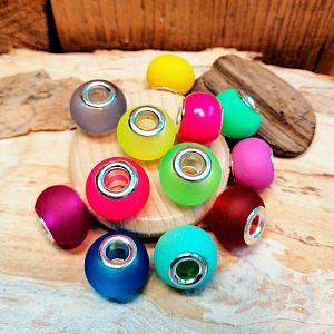 10 Glas Grosslochperlen für Modulketten gummiert