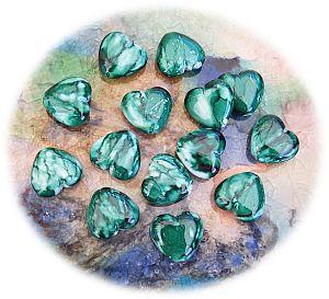 Perlenset Acrylperlen smaragdgrün 2 Herzperlen 20 mm