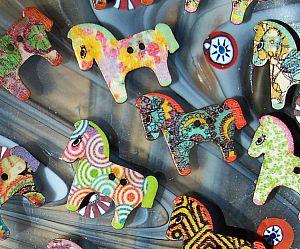 10 große Knöpfe aus Holz 24 mm Pferd