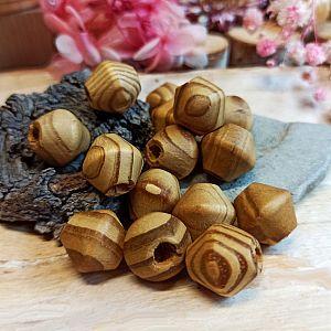 20 Holzperlen Rhomben natur braun gemasert 16 mm