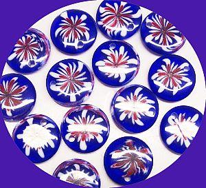 PerlenSet 20 schöne Lucite Kinder-Perlen Anhänger Blumen 16 mm