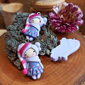 1 Anhänger Figur Mädchen 30 mm Polymer clay lila