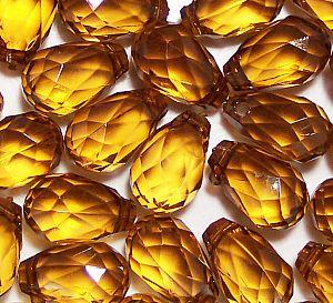 10 große schöne Tropfen Anhänger Perlen Goldbraun 18 mm