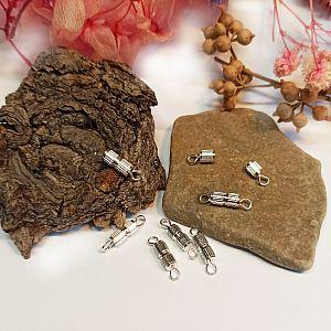 1 Kettenverschluss mit Ösen zum drehen silber 15 mm