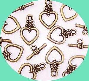 10 Sets Herz Knebelverschlüsse 18 mm bronze antik