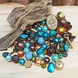 40 g Perlenmix blau braun gold über 80 Perlen