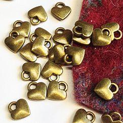 10 Charms Kettenanhänger kleine Herzen bronze antik 7 mm