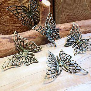 2 Ketten Anhänger filigraner Schmetterling bronze antik 61 mm