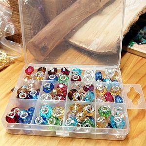 Box mit 96 Glas Grosslochperlen für Modulketten geschliffen facettiert (noch 1x)