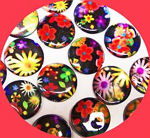 1 Strang mit 20 flachen Perlmuttperlen rund 20 mm Blumen