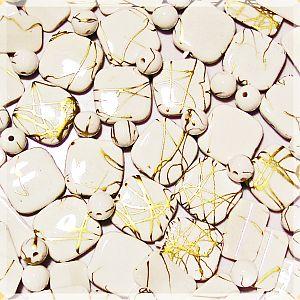 20 fancy Perlen Mix weiss mit Goldfäden draw bench