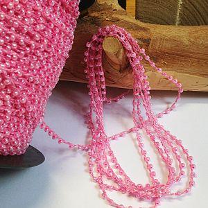 Rocailles rosa auf Perlschnur