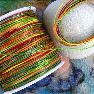 10 m gewachste Baumwolle Perlfaden im Farbverlauf 0,7 mm