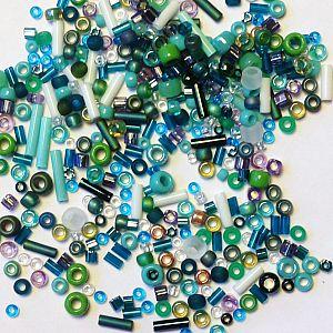 Japan. TOHO Rocaills Glasperlen Mix blau grün 20 g