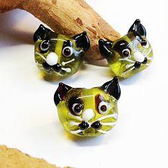 Katzenperlen Set mit 2 Glaslampworkperlen Katzen handmade grün 22 mm