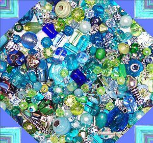 Perlenset mit über 100 Perlen Mix 80g Aquarell ca. 6 - 25 mm