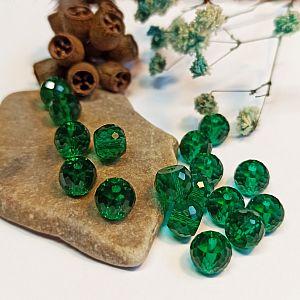 6 facettierte und geschliffene Glasperlen smaragdgrün 8 mm