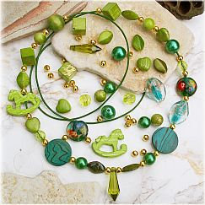 Kettenset Formenmix grüntöniger Kettenbausatz mit Lederband