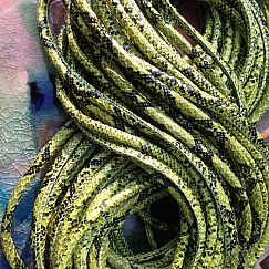 1 m Leder grüne Schlangenhaut 5 mm rund