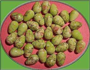15 Tropfen Perlen grünmarmoriert mit Gold 16 mm