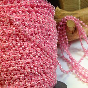 1 Meter Perlenfaden mit Rocaillesperlen rosa 2 mm