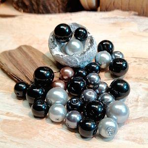 PerlenSet 100 schwarze Glaswachsperlen 6 - 10 mm 4 Anhänger